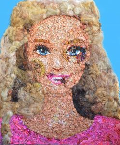 >thisisjustarandomplaceholder<Barbie-con-hematomas-Barbies-pieces-and-plastic-objects-97-x-114-cm-2016-copia | Iberian Press®