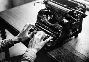 >thisisjustarandomplaceholder<Maquina de escribir Pixabay - Iberian Press   Iberian Press®