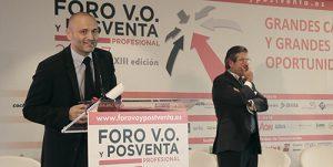 >thisisjustarandomplaceholder<Hector-recogiendo-premio-Foro-VO | Iberian Press®