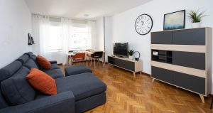 >thisisjustarandomplaceholder<RENT-A-ROOM-NEXT-TO-ARC-DE-TRIOMF-IN-A-COLIVING-HOME-LIVING-ROOM-1 | Iberian Press®